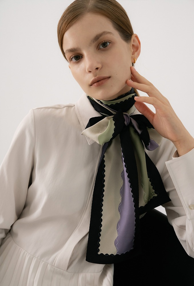 mela silk scarf - black